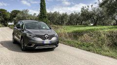 Renault Espace Blue dCI 200 EDC Initiale Paris: la prova su strada