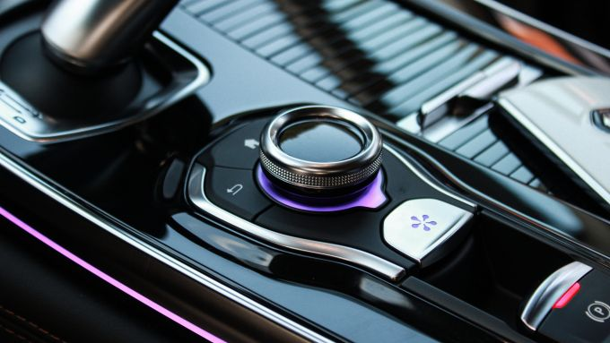 Renault Espace Blue dCI 200 EDC Initiale Paris: la rotella per gestire le modalità di guida