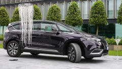 Renault Espace: il 4Control alla prova