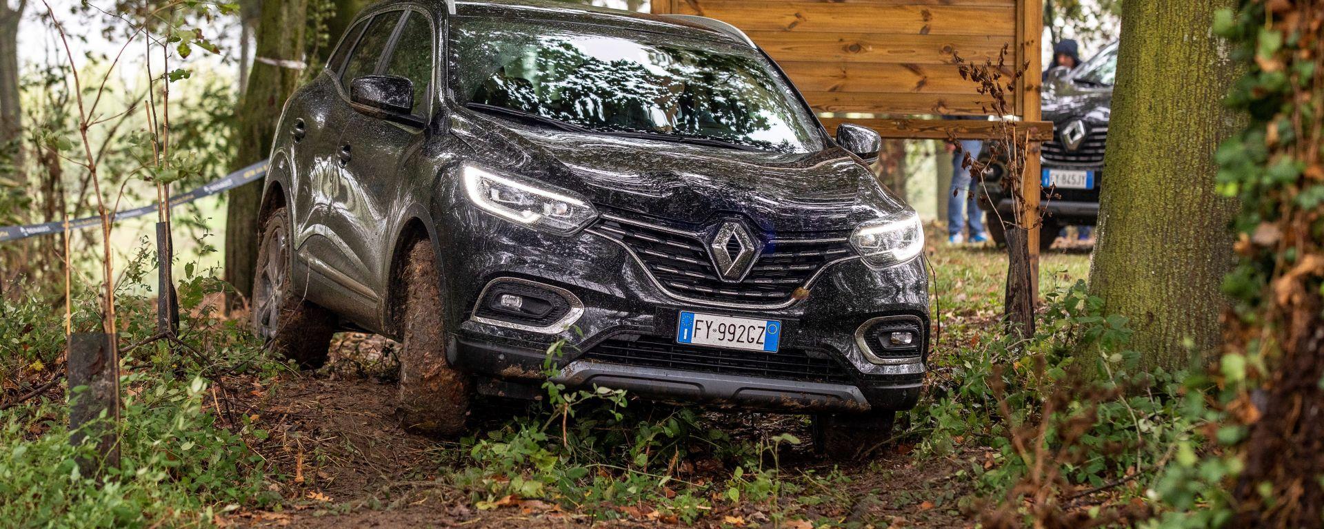 Renault Kadjar Black Edition 4X4: il frontale