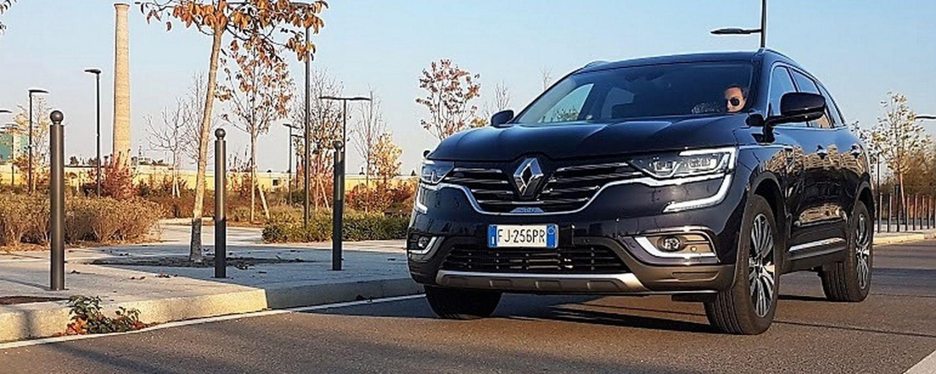Renault Koleos: il SUV della Losanga che studia da Premium