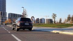 Renault Koleos: il SUV della Losanga che studia da Premium - Immagine: 11