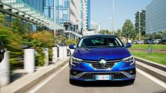 Renault Mégane E-Tech plug-in hybrid, vista frontale