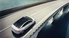 Renault Megane Grand Coupé: di serie per tutte il tetto panoramico in vetro