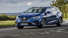 Nuova Renault Megane Sporter E-Tec 2021: prezzi, foto e video