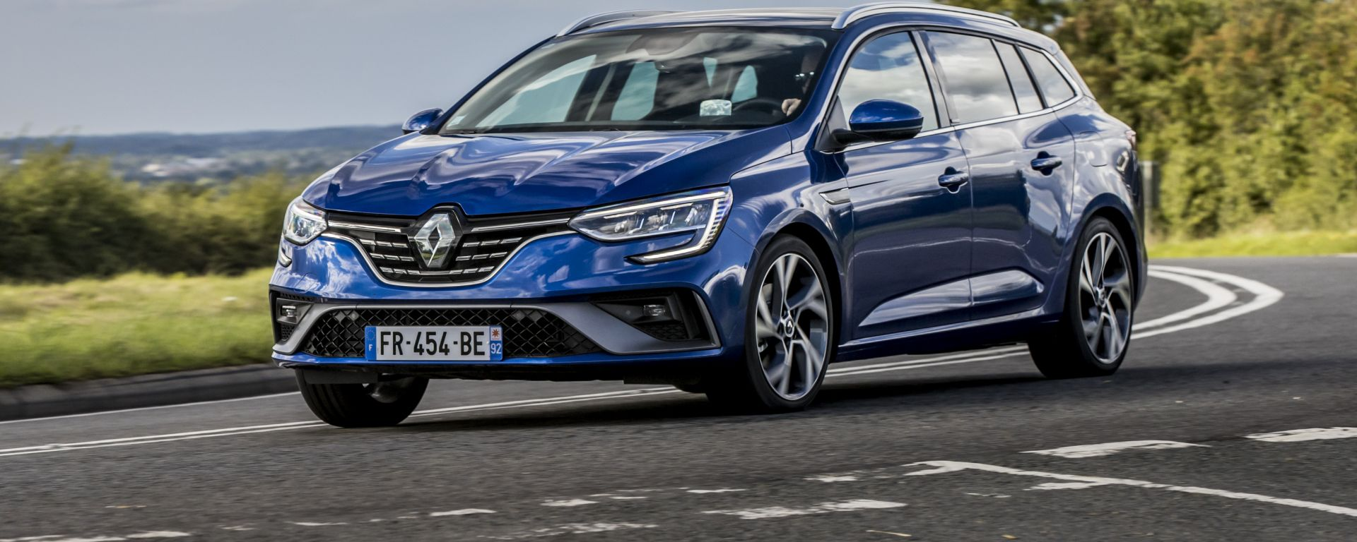 Renault Megane Sporter E-Tech 2021: familiare plug-in hybrid