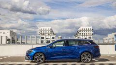 Renault Megane Sporter E-Tech 2021: laterale