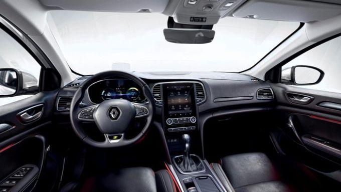 Renault Megane Sporter E-Tech: gli interni