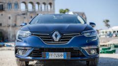 Renault Megane Sporter: il muso riprende quello della berlina