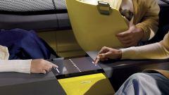 Renault Morphoz, c'è uno schermo touch nel salotto dei passeggeri