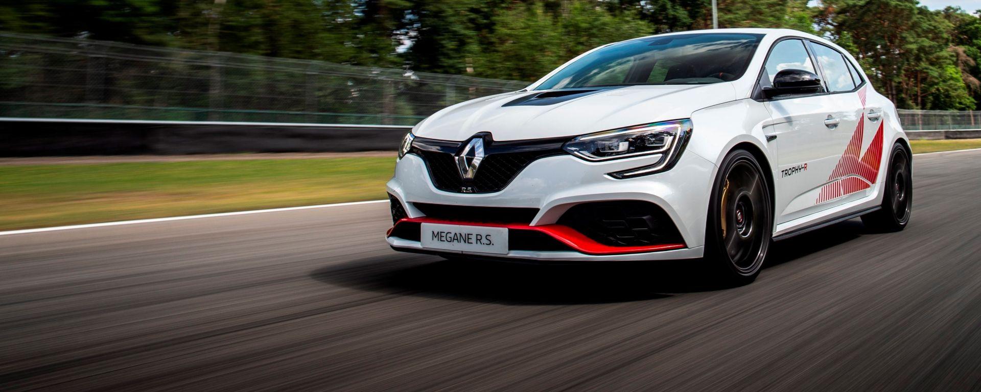 Renault RS Trophy-R in pista