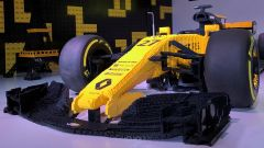 Renault RS17 fatta di Lego all'Atelier Renault