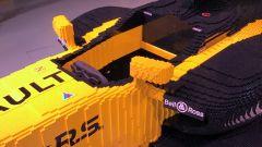 Renault RS17 fatta di Lego, l'abitacolo