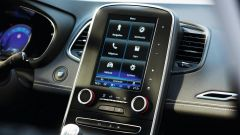 Renault Scenic 2016: il display dell'infotainment