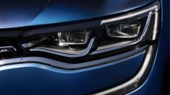 Renault Talisman Sporter ha i fari della full led