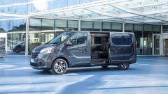 Renault Traffic 2019: dettaglio portellone laterale