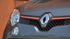 Renault Twingo GT Energy TCe 110: i fari anteriori in dettaglio