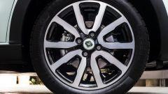 Renault Twingo La Parisienne: cerchi in lega da 16 pollici Diamantati Black