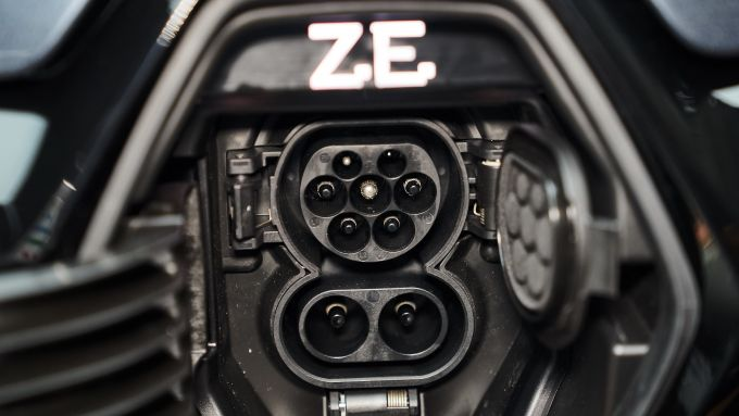 Renault ZOE: la presa di ricarica