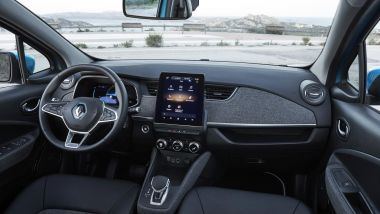 Renault Zoe, la prova su strada: gli interni