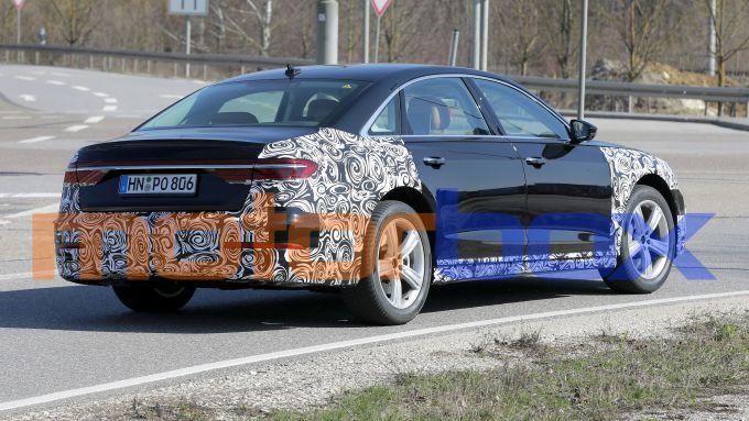Restyling Audi A8 2021: visuale di 3/4 posteriore