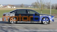 Restyling Audi A8 2021: visuale laterale