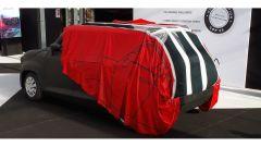 Auto elettrica: la ricarica a casa con un telo. Il video YouTube