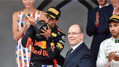 Ricciardo festeggia sul podio di Montecarlo - GP Monaco 2018