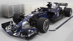Ricciardo prova la Red Bull 2018 a Silverstone: il video  - Immagine: 3