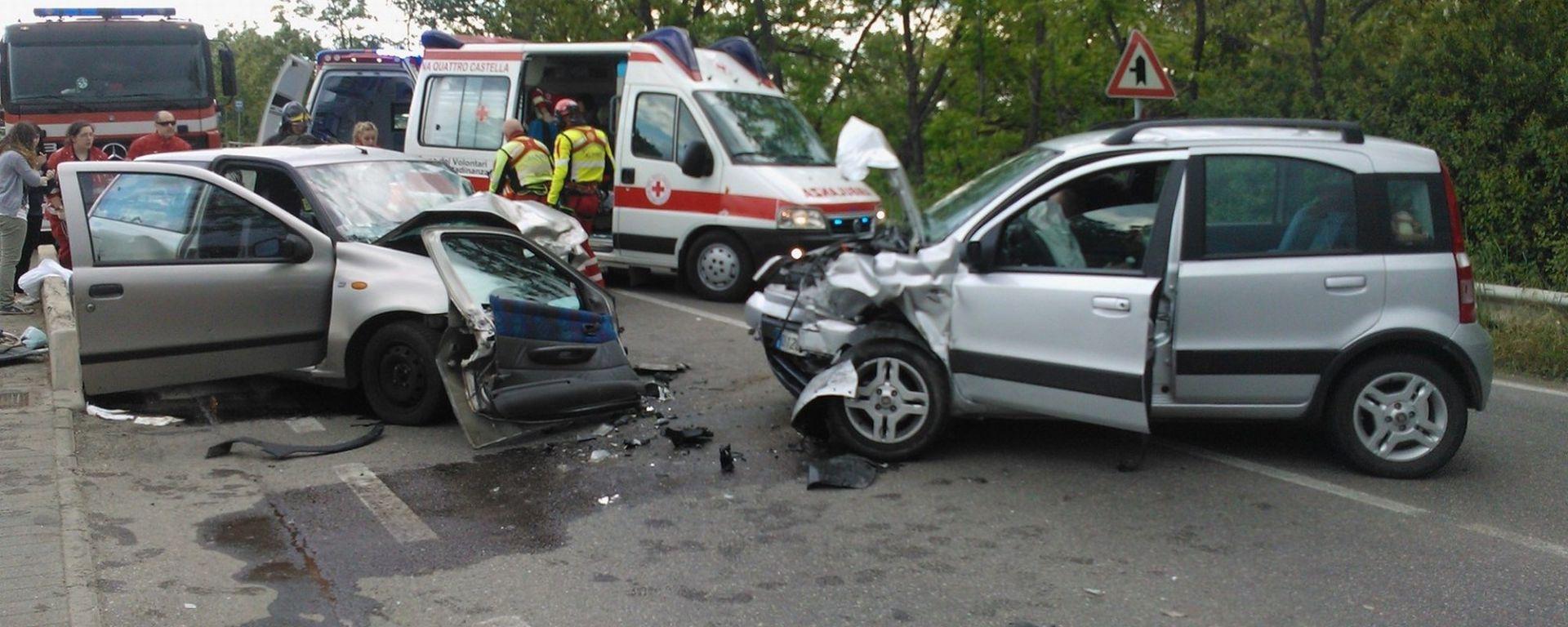 Ricerca: gli uomini fanno più incidenti in auto delle donne