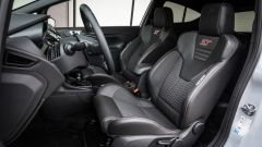 Rigidi, sportivi e avvolgenti i sedili Recaro - Ford Fiesta ST200