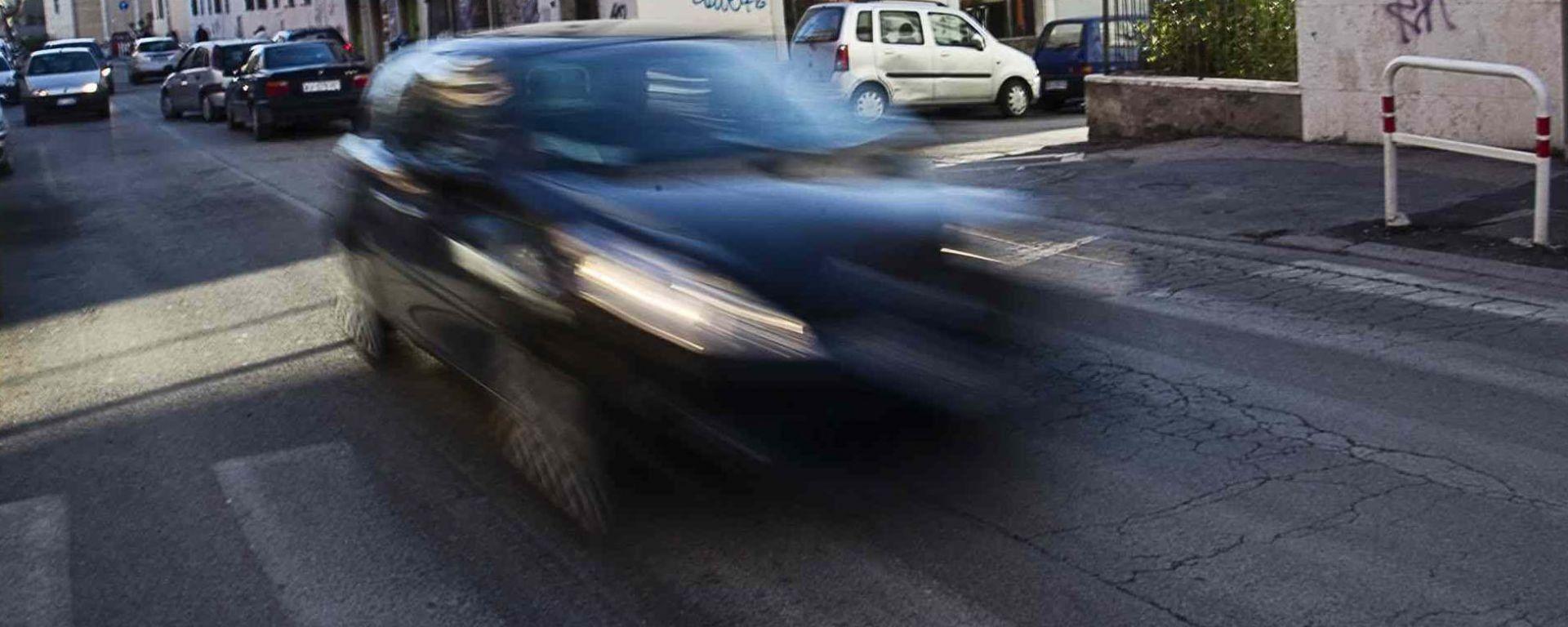 Risalire al proprietario di un veicolo dalla sua targa: come procedere
