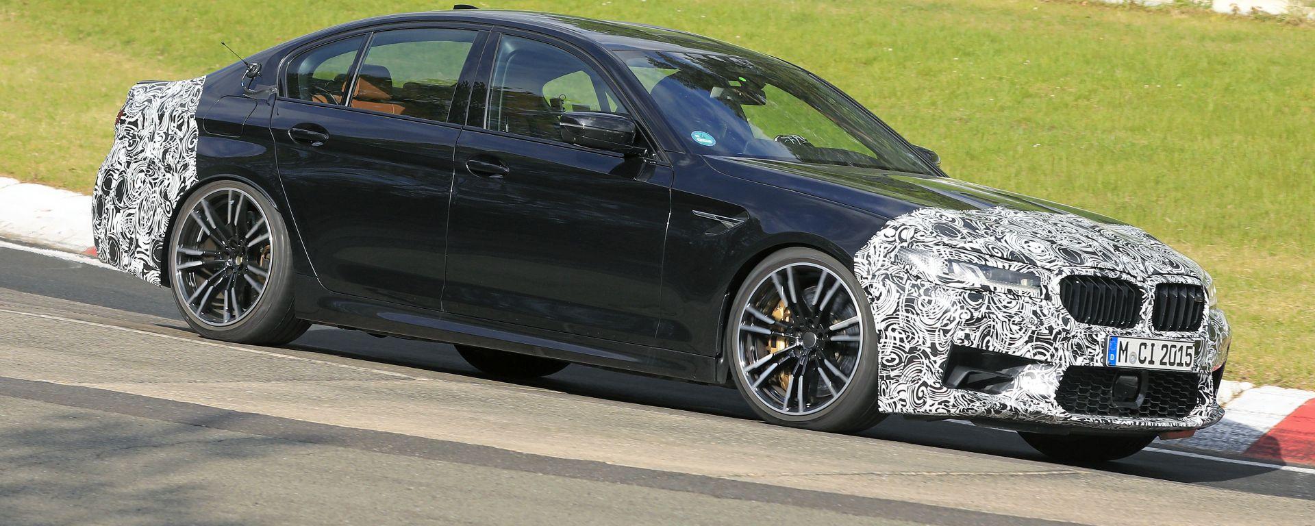 Ritocchi al frontale per la nuova BMW M5