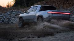 Rivian R1T, pickup elettrico da 800 cv e 650 km di autonomia. Prezzi