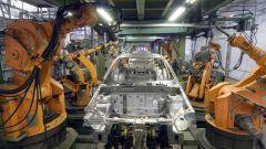Robot industriali sulle linee di produzione KIA