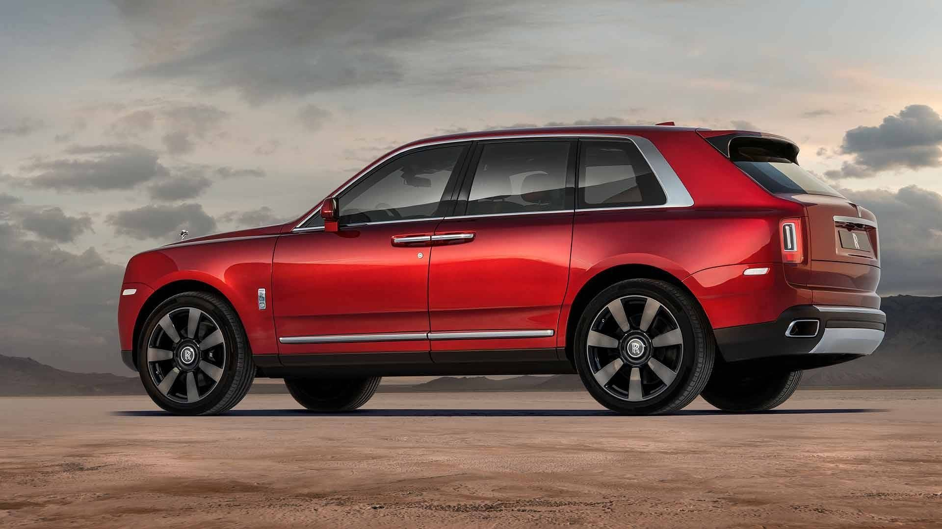 The Ten Best Affordable Luxury Cars: Rolls-Royce Cullinan: Interni, Prezzi, Immagini Del SUV Di