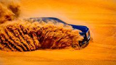Rolls Royce Cullinan: sotto la sabbia c'è il SUV di lusso