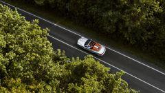 Rolls-Royce Dawn Silver Bullet: un'immagine scattata da un drone