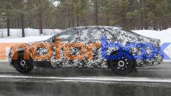 Rolls-Royce Ghost EWB: vista laterale