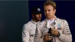 Rosberg e Hamilton dopo l'incidente in Spagna