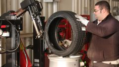 Come fare per una corretta rotazione degli pneumatici - Immagine: 8