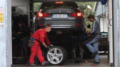 Come fare per una corretta rotazione degli pneumatici - Immagine: 6