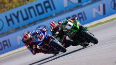 Round Superbike Barcellona: Jonathan Rea (Kawasaki) e Michael Van der Mark (Yamaha)