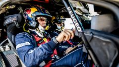 Sainz e il suo copilota - Team Peugeot Sport Total
