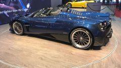 Salone di Ginevra 2017, Pagani Huayra Roadster, vista tre quarti sinistra