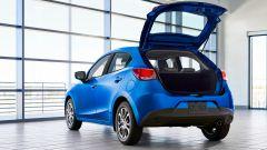 Nuova Toyota Yaris, sotto il vestito c'è una Mazda2 - Immagine: 4