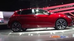 Salone di Parigi 2014, lo stand Nissan - Immagine: 4