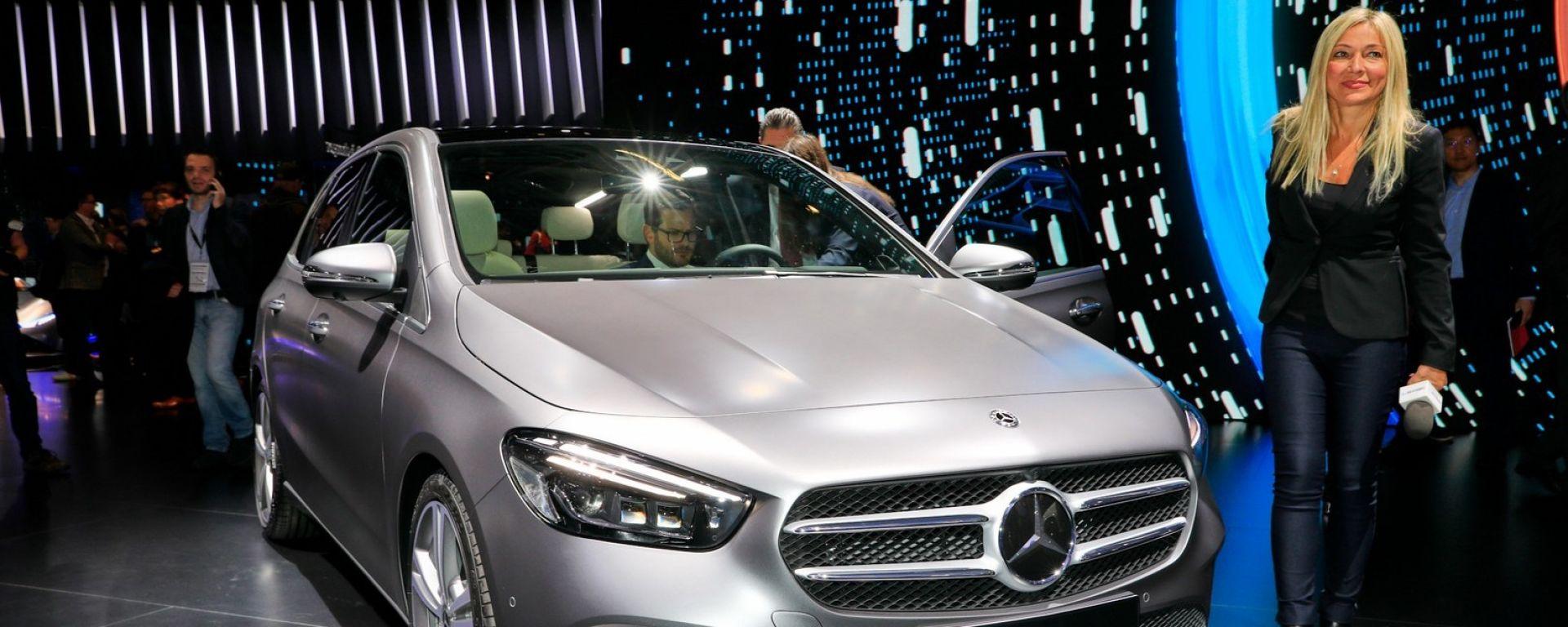 Salone di Parigi 2018: le novità allo stand Mercedes