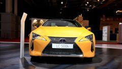 Lexus LC Hybrid Yellow Edition: le foto live da Parigi 2018 - Immagine: 2