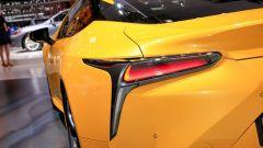 Lexus LC Hybrid Yellow Edition: le foto live da Parigi 2018 - Immagine: 6